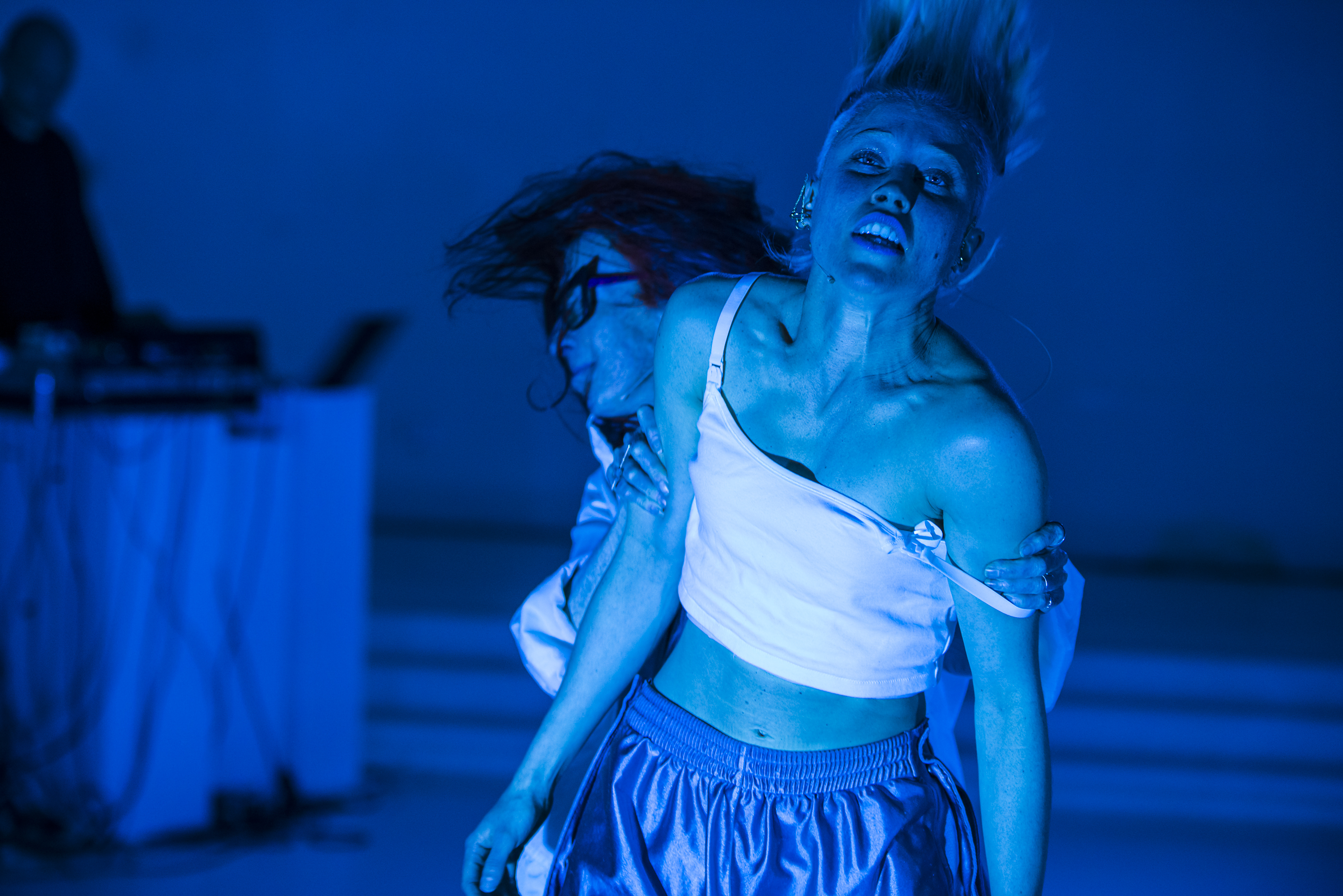 shake - (re)PURPOSE_ the MVMNT - Gregory Lorenzutti for Dancehouse