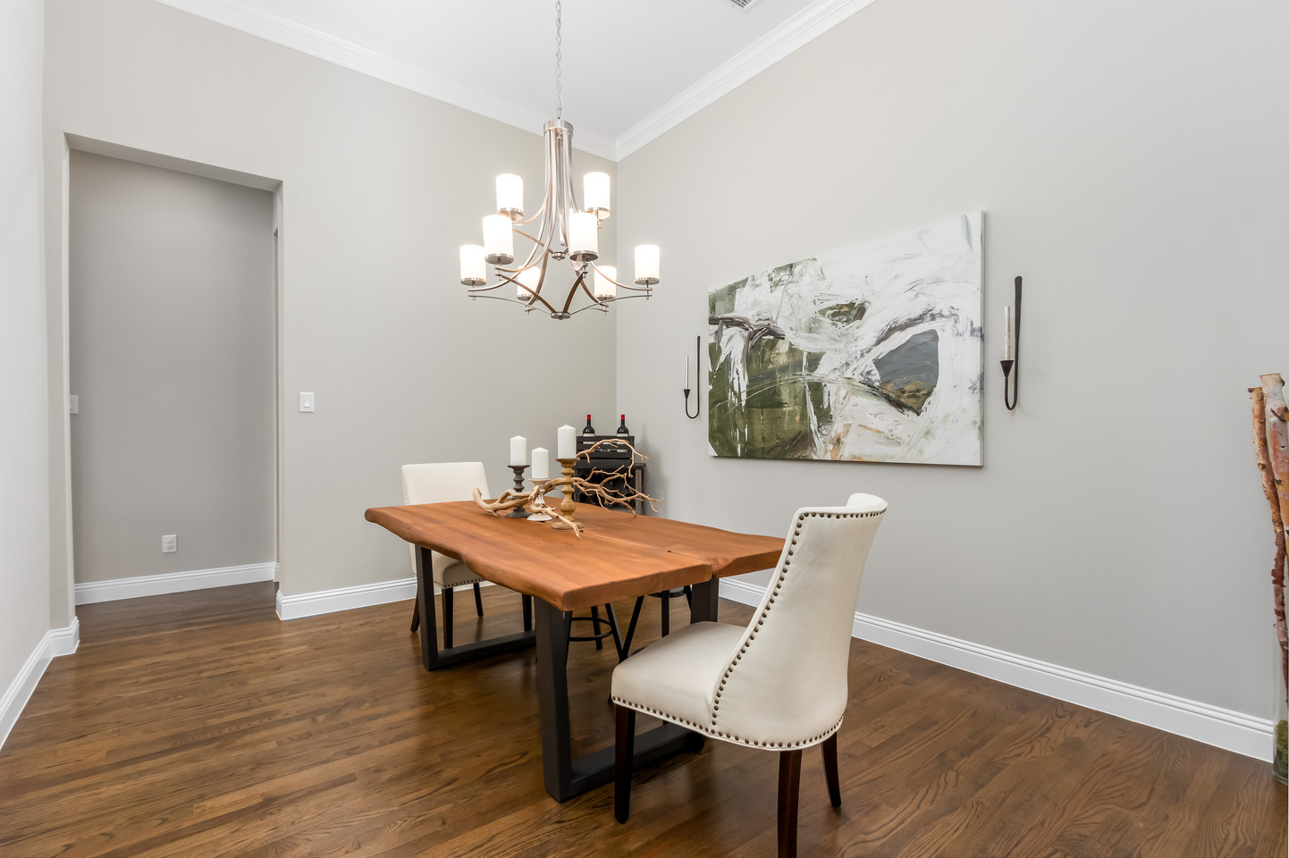 PixelSold_1919_Alcove_Dr (6 of 39).jpg