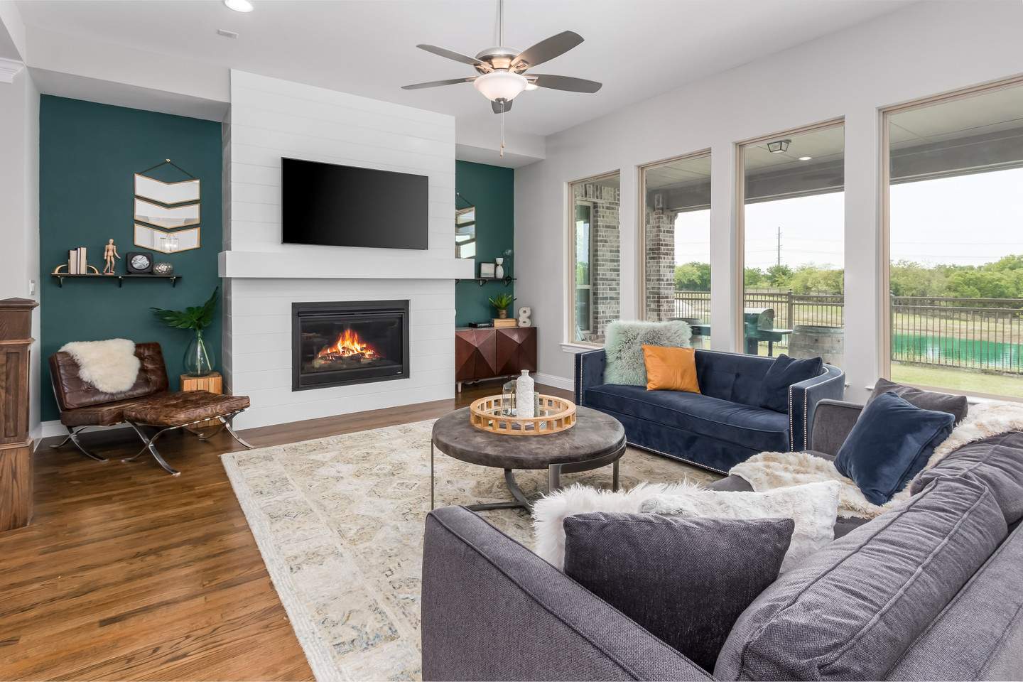 PixelSold_1919_Alcove_Dr (10 of 39).jpg