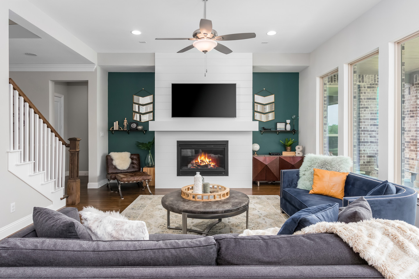 PixelSold_1919_Alcove_Dr (11 of 39).jpg