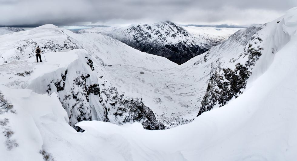 ADVENTURE - Y Garn, Snowdonia