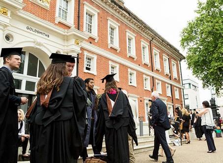 นักศึกษาต่างชาติอยู่หางานในประเทศอังกฤษได้ถึง 2 ปีหลังเรียนจบ