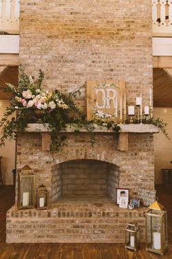 Enjoy a fire at a Winter Wedding