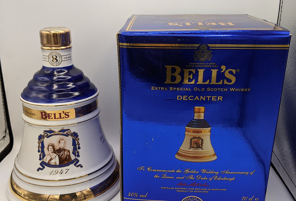 Bell's Decanter Queens 50th Golden Wedding Anniversary 8 year old Whisky