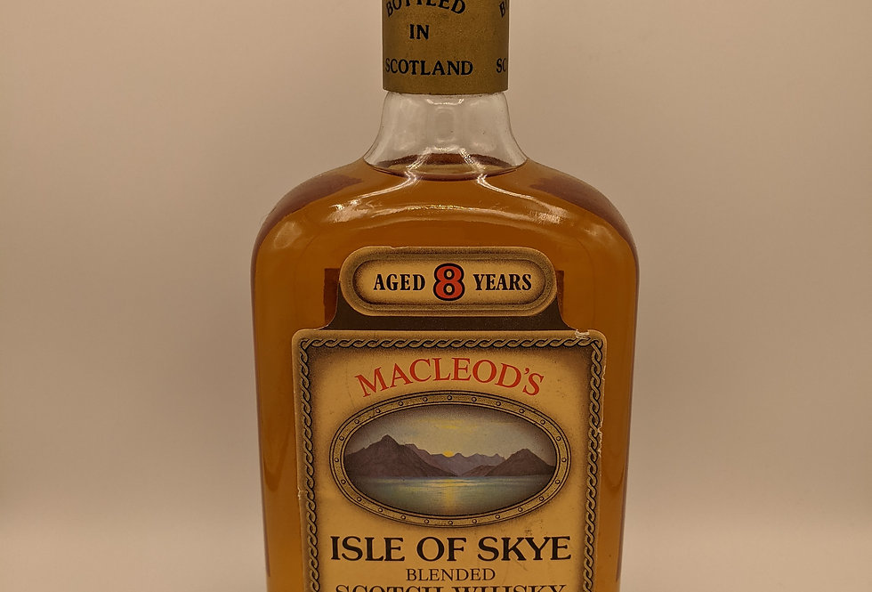 Macleod's 8 Year Old Blended Whisky Isle of Skye 1980's