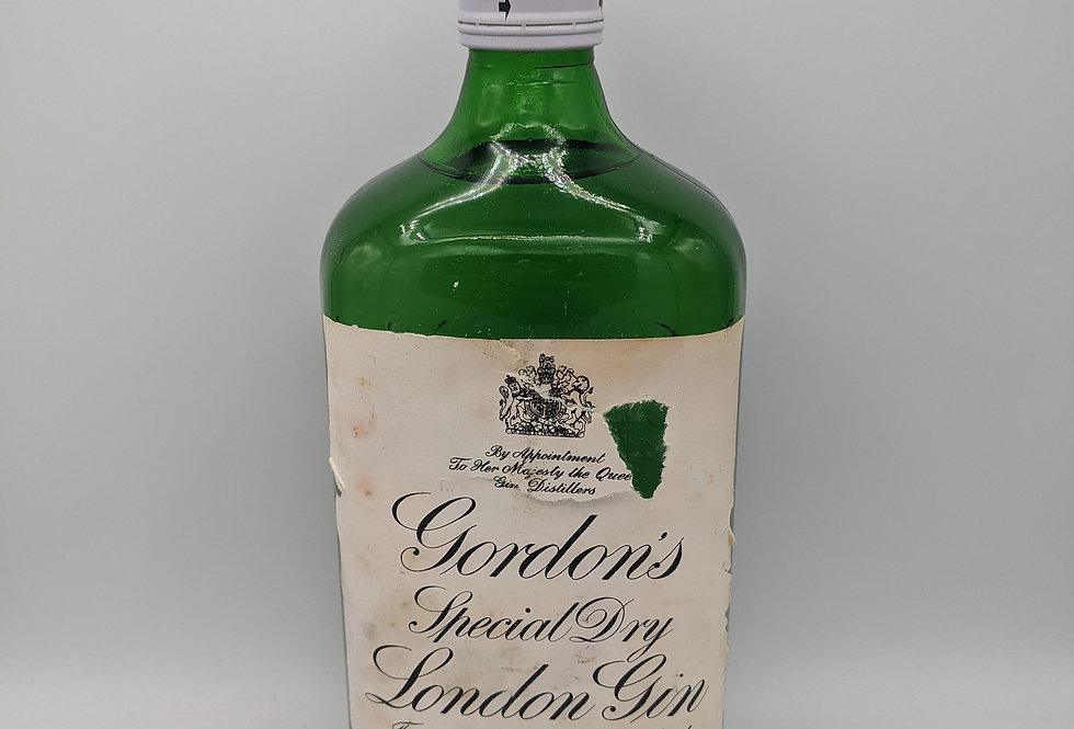 Gordon's Gin 1960s 75CL 70 Proof