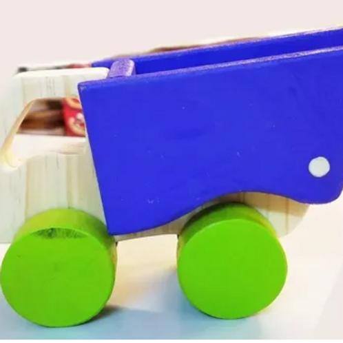 Camión Volcador Madera Artesanal Didáctico Bebes Niños 15 Cm