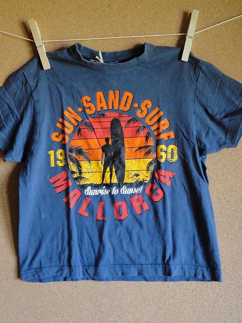 T-shirt T. 8 ans