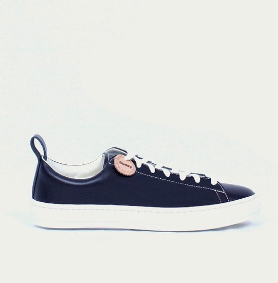 Buddy BULL TERRIER LOW SMOOTH (BLACK)