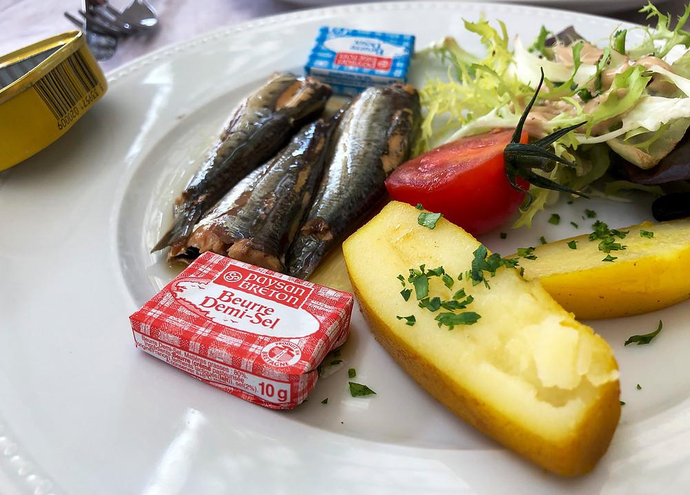 Lunch at  Le Café Francais