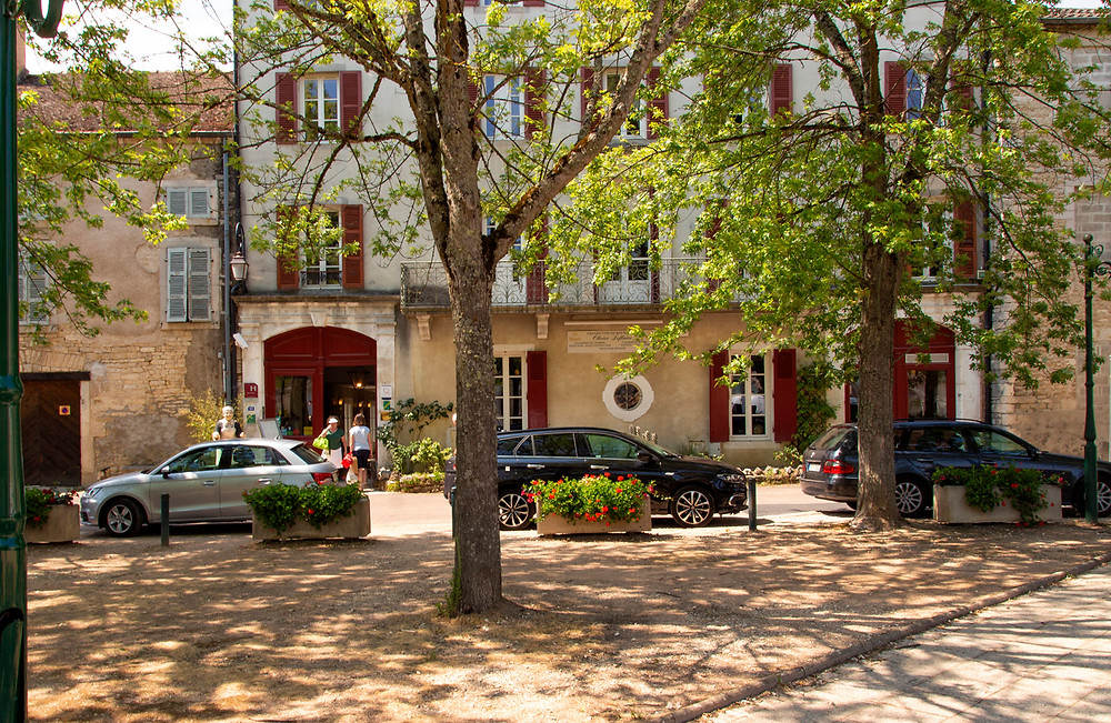 Place du Monument, in Puligny-Montrachet