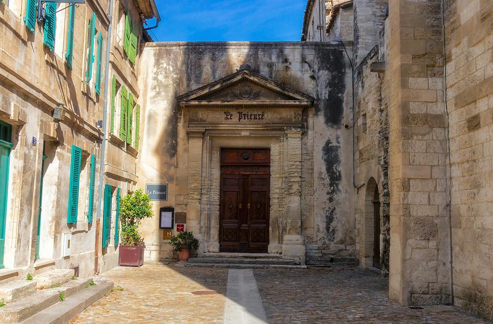 Courtyard & original entry of Le Prieuré
