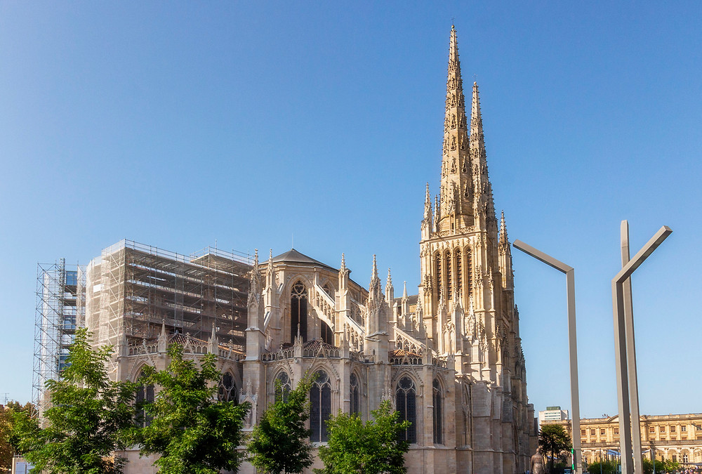 The spires of Cathédrale Saint-André
