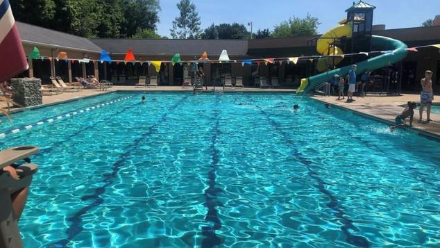 Outdoor Pool Pic b.jpg