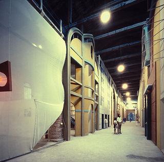 La-Strada-Novissima.-Installation-view-c