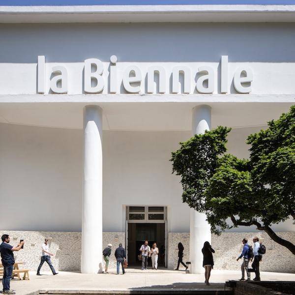 """BIENNALE 2020""""Le Muse Inquiete. La Biennale di fronte la storia"""""""