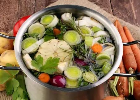 Le bouillon énergisant - l'équilibre acido-basique au quotidien!