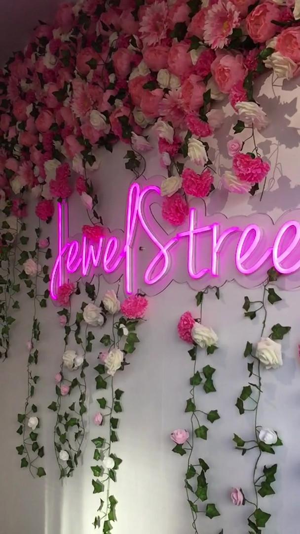 jewel street pop up - 22.m4v
