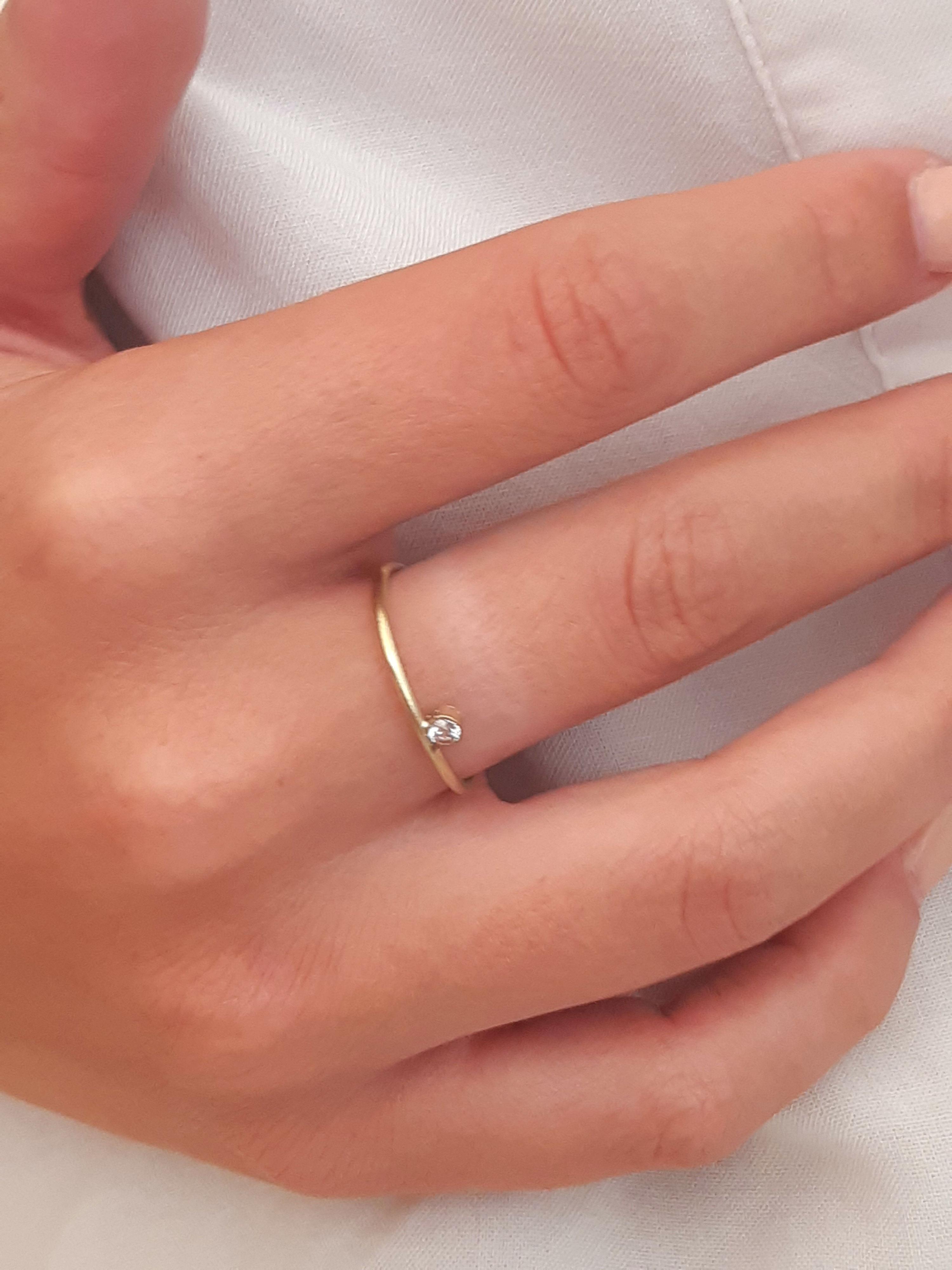 Rigel 1 diamond ring on model