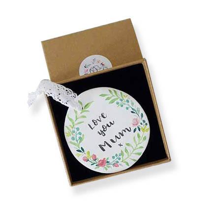 Round floral wreath in box3.jpg
