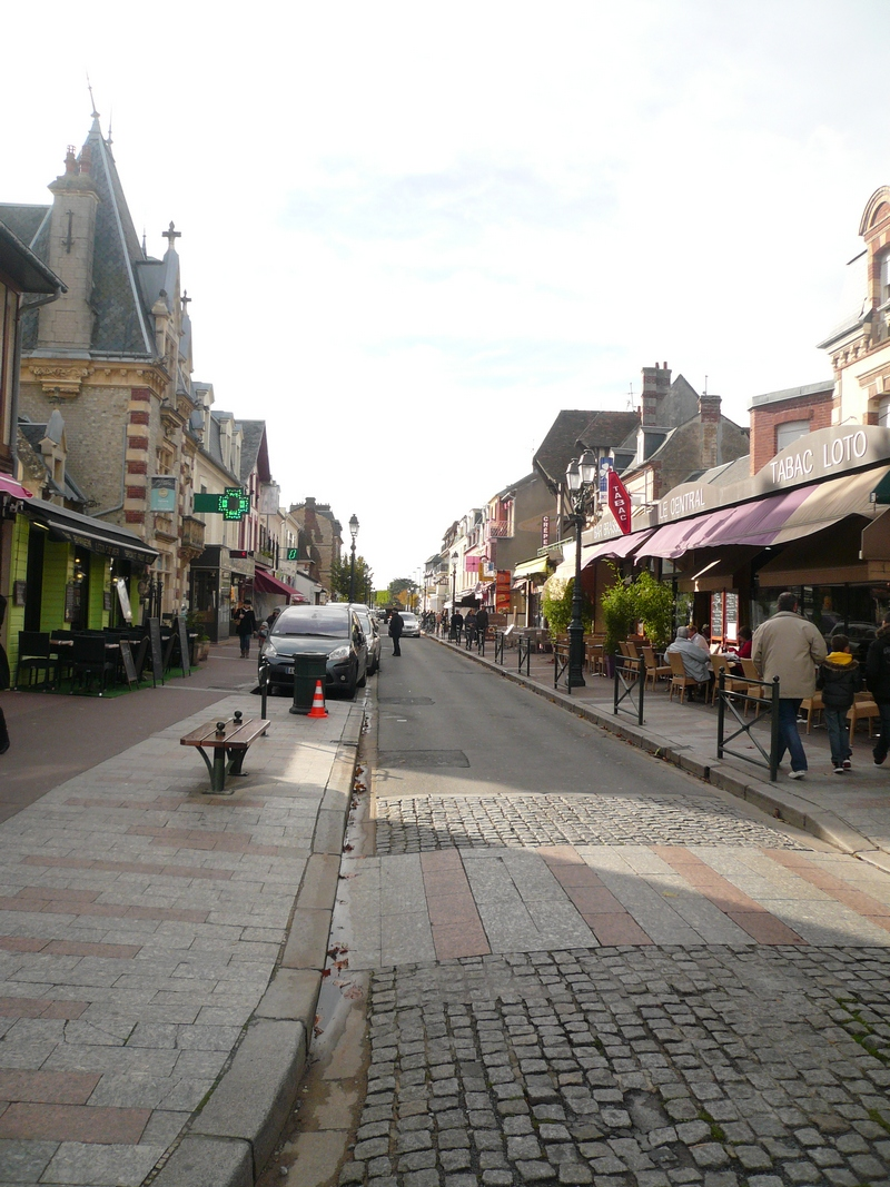 Avenue de la Mer - Centre Ville