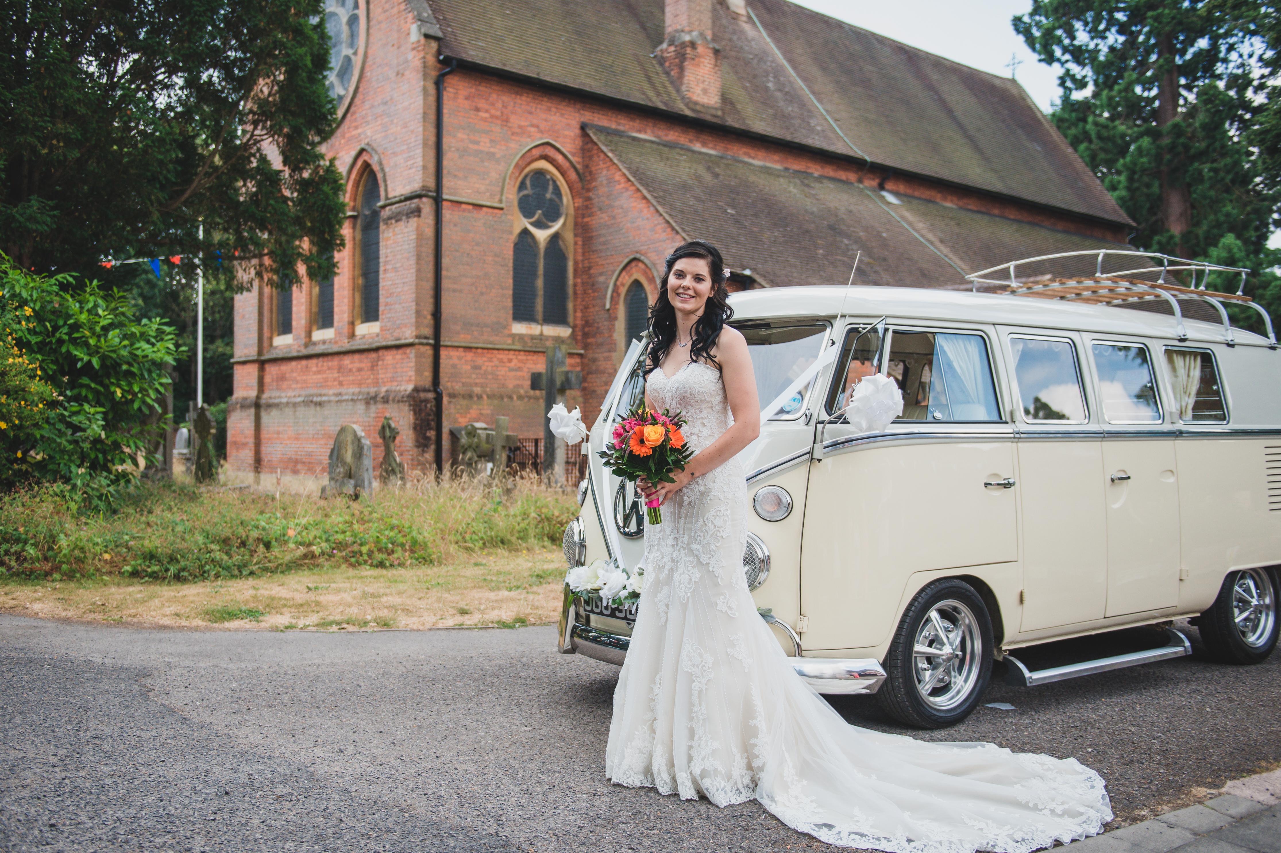 VW Classic Wedding Cars Tiernie & Hamish