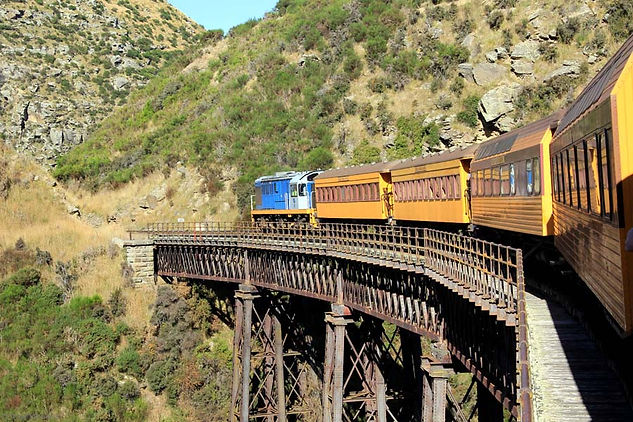 Dunedin-Taieri-Gorge-Train-Running-over-a-Bridge.jpg