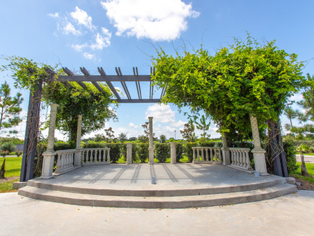 You can have it all – Indoor/Outdoor Weddings at Citadel!