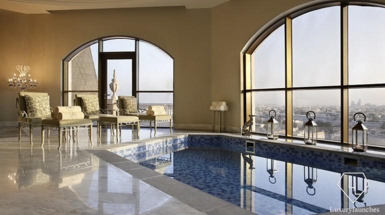 Sir-Winston-Churchill-Suite-St-Regis-Dubai-BrandCritique-Consulting5