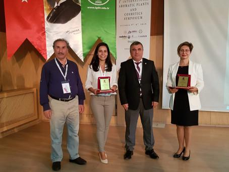 Rana B. Çelebi, AROPCOS Uluslararası Tıbbi Aromatik Bitkiler & Kozmetik Sempozyumu'nda Konuşma Yaptı