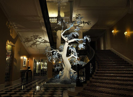 Karl Lagerfeld to Design the Christmas Tree of London's Claridge's Hotel