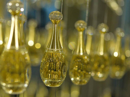 LVMH Holding, Dior Parfüm Fabrikalarında Sağlık Çalışanları İçin Ücretsiz El Dezenfektanı Üretecek