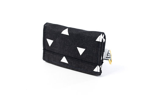 Card Wallet / Black Triangle