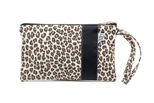 Wristlet, Clutch, Zippered Pouch, leopard