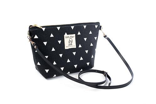 B.O.O.N Bag / Crossbody Bag / Black Triangle