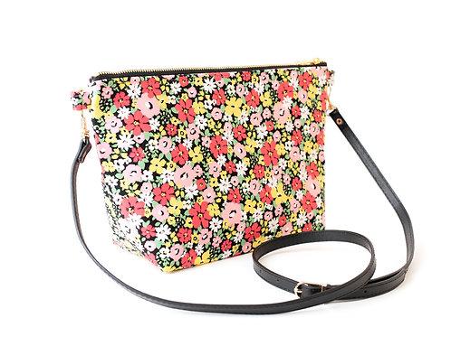 B.O.O.N Bag / Crossbody Bag /Black Floral