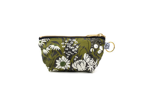Charlie Change Purse/ Olive Floral