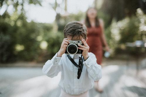 Polaroid Camera (Retro)