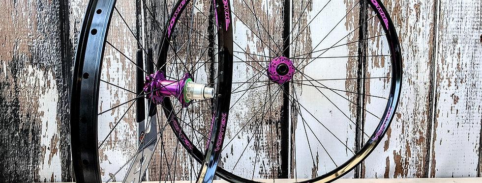 """Halo Vortex 29"""" / Hope Pro 4 Boost Handbuilt Wheels"""