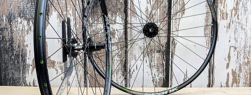 "Spank Flare 24 Vibrocore / DT swiss 350 27.5"" Handbuilt Wheels"