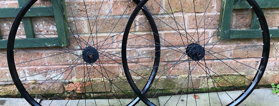 "Mavic EN423 / Octane One 29"" Non-boost Handbuilt MTB Wheels"