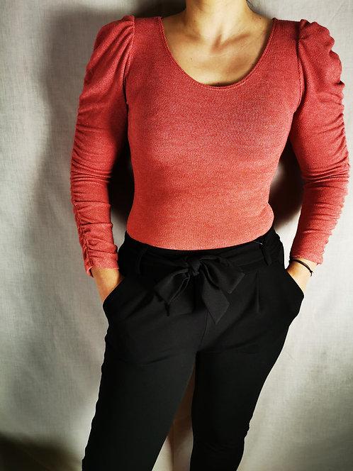 Camisola com manga franzida