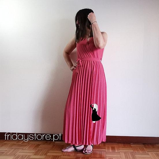 Vestido comprido plissado