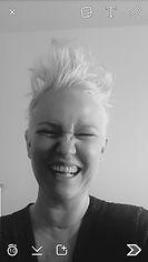 Karin Pinnerup selvstændig tapetserer og rekvisitmager.