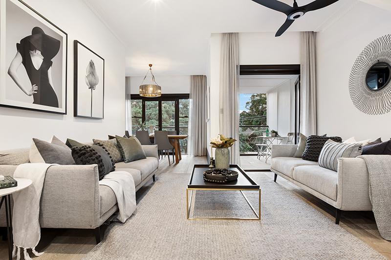 Barry-St-5-15-Clovelly-Living-Low