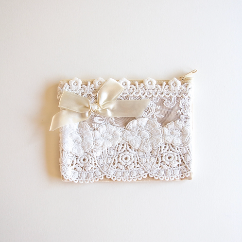 Lace Zip Bag Small