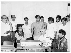 From left to right: Manna Dey, Nitin Bhose and Nitin-Mangesh. -In the middle of listening to a recording of a song to be included in the film 'Samaanta'.