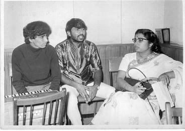 Nitin-Mangesh and Usha Mangeshkar discussing rehearsals and songs for 'Nain Se Nain Milhe'. (unreleased).