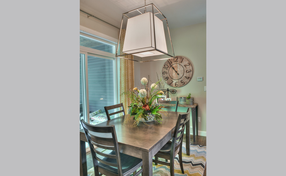 New Construction     Dining Area