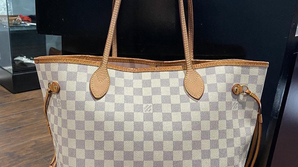 Louis Vuitton Azur Neverfull MM Rose Ballerine Interior